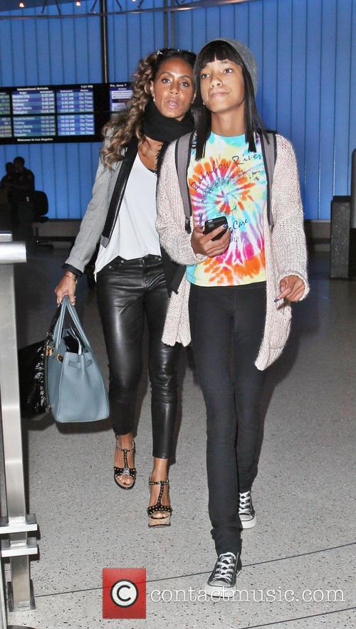 Jada Pinkett Smith and Willow Smith 7