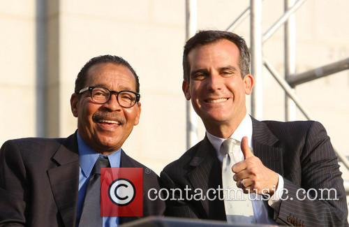 Bill Clinton, Council President Herb Wesson and Mayor Eric Garcetti 1