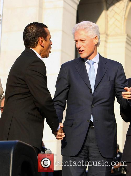 Antonio Villaraigosa and Bill Clinton 5