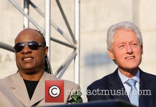 Stevie Wonder and President Bill Clinton 7