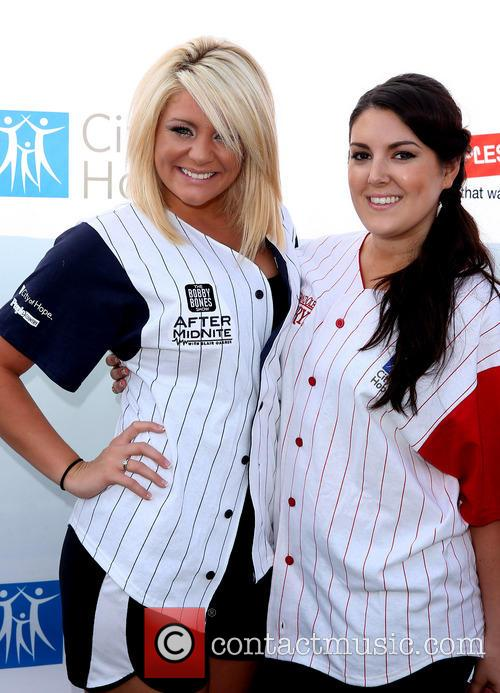 Lauren Alaina and Kree Harrison 3