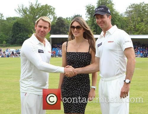 Elizabeth Hurley, Shane Warne and Michael Vaughn 9
