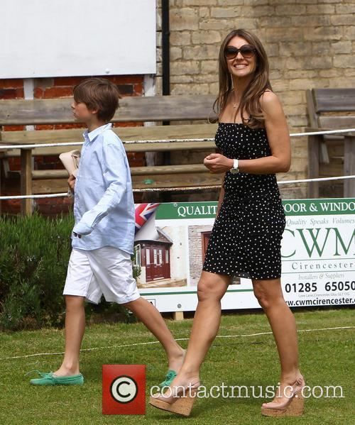 elizabeth hurley damian hurley elizabeth hurley and shane 3711074