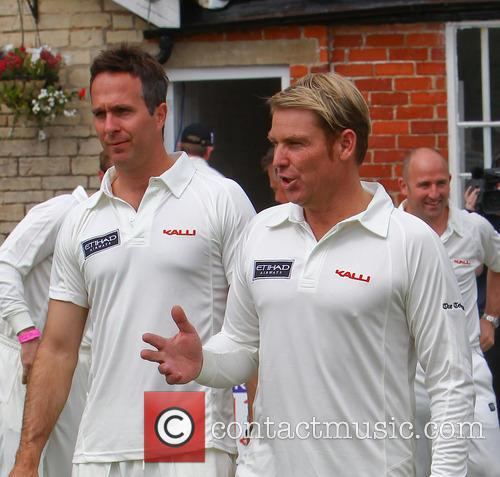 Shane Warne and Michael Vaughn 4
