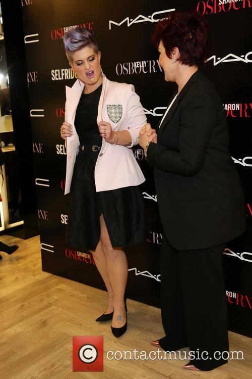 Kelly Osbourne and Sharon Osbourne 5