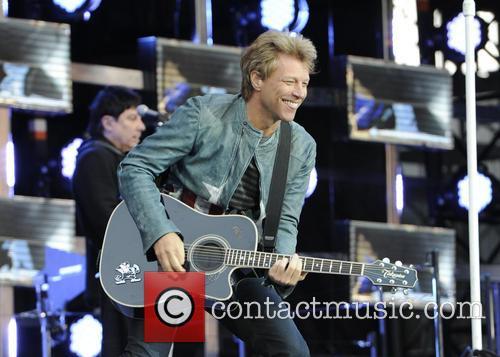Jon Bon Jovi 32