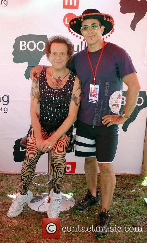 Richard Simmons and Mauro Oliveira 7