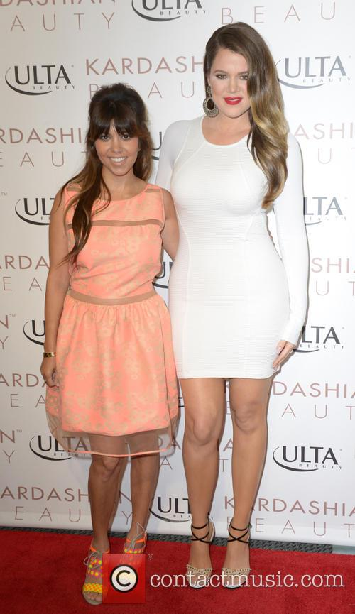 Kourtney Kardashian and Khloe Kardashian Odom 3