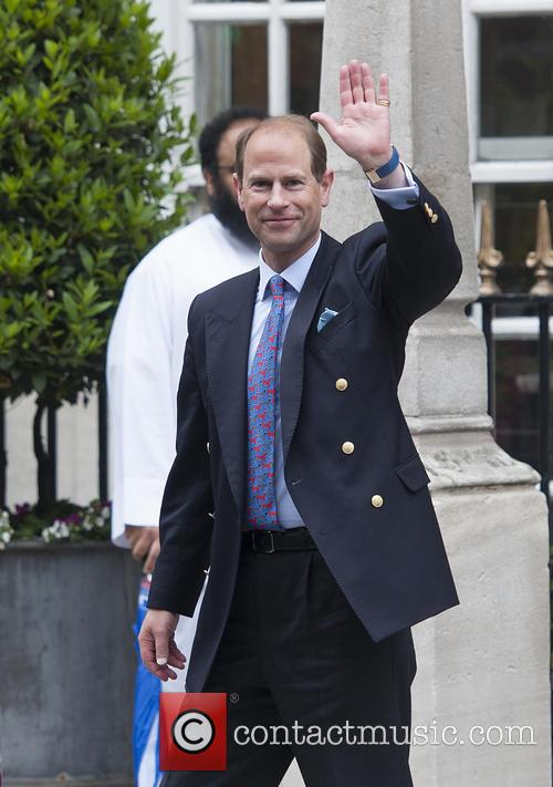 Prince Edward leaves the London Clinic
