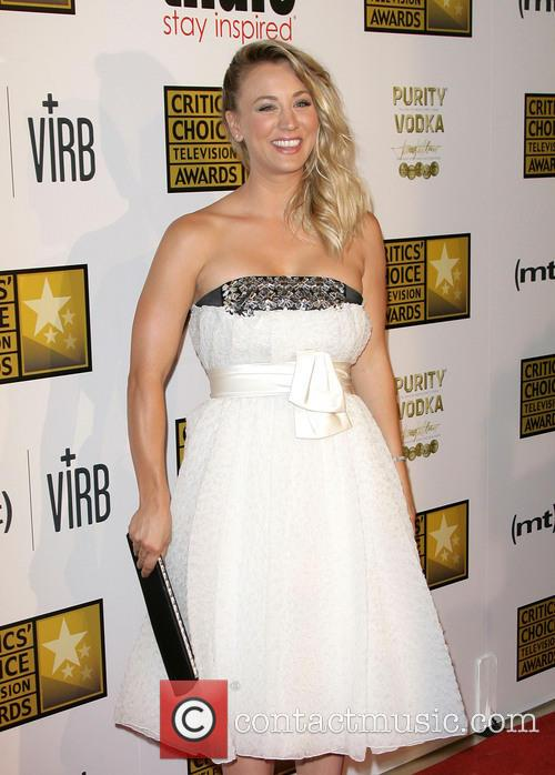 kaley cuoco critics choice television awards 3713674