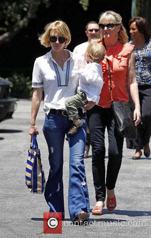 January Jones, Xander Jones and Karen Jones 8