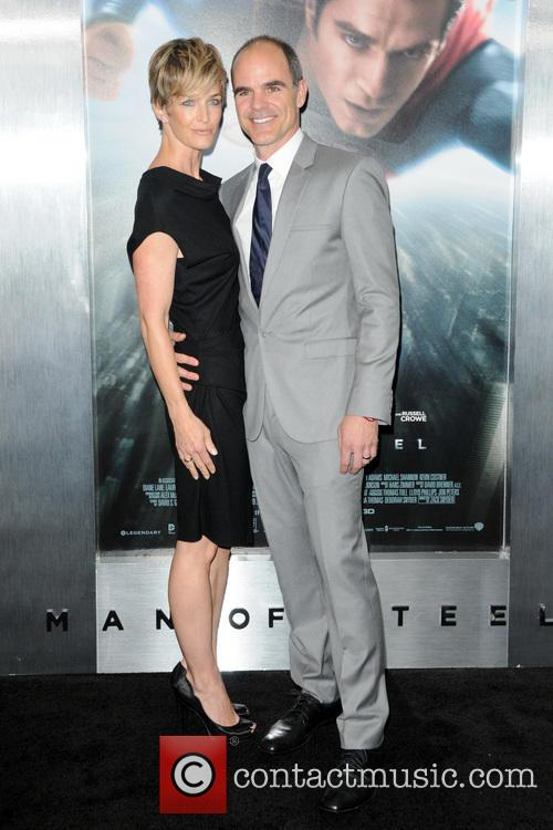 michael kelly robin wright man of steel premiere 3713759