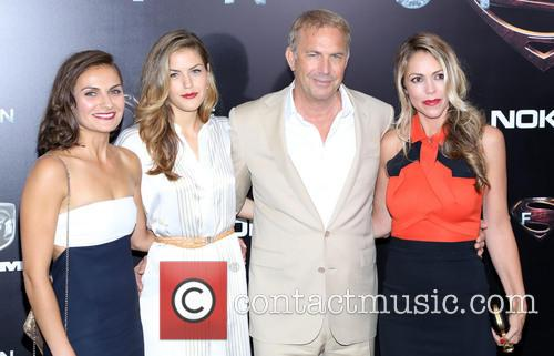 Christine Baumgartner, Kevin Costner and Guests 5