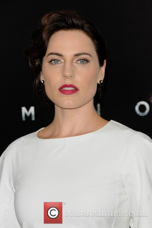 Antje Traue 5