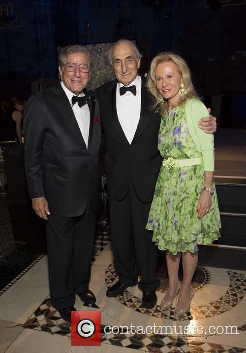 Tony Bennett, George Kaufman and Mariana Kaufman 6