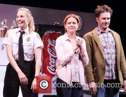 Leslie Bibb, Jenna Fischer and Josh Hamilton 1