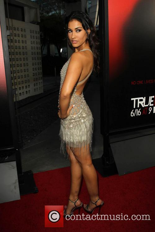 janina gavankar premiere of hbos true blood 3715335