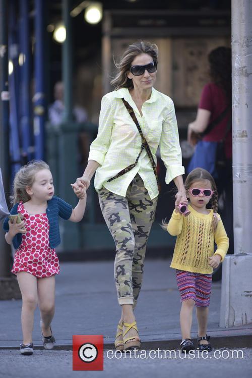 Sarah Jessica Parker, Marion Broderick and Tabitha Broderick 3