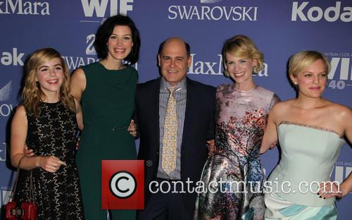 Kiernan Shipka, Jessica Paré, Matthew Weiner, January Jones and Elisabeth Moss 9