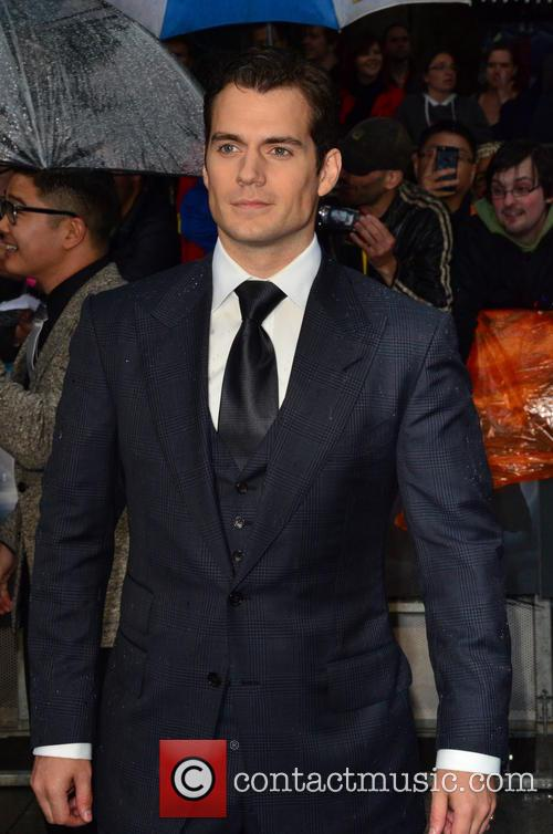 bringing sexy back - Page 2 Henry-cavill-man-of-steel-european-premiere_3716476