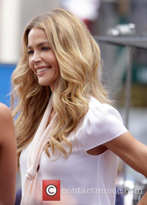 Denise Richards 5