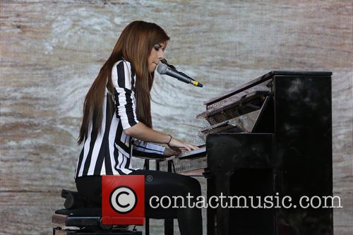 christina grimmie one agit8 at the tate 3718928