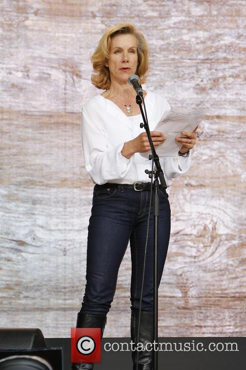 juliet stevenson one agit8 at the tate 3718969