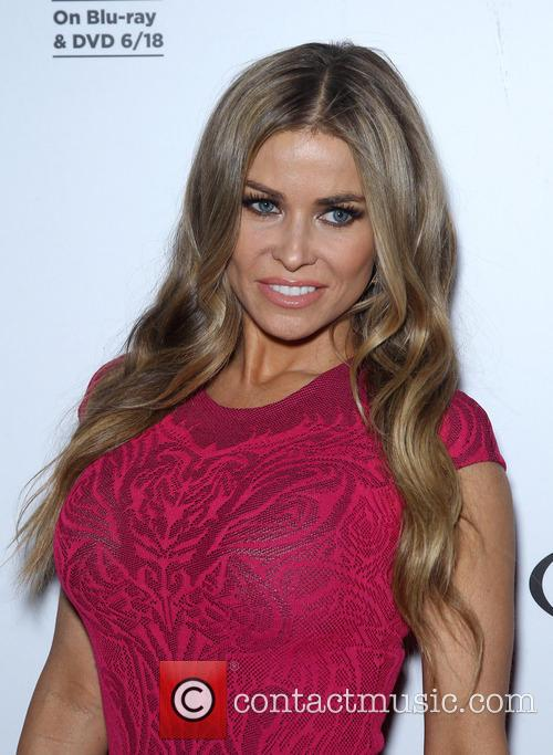 Carmen Electra hosts