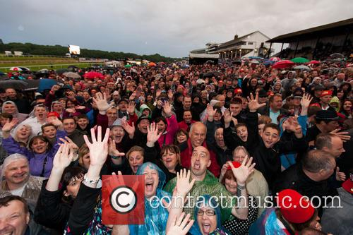 Madness performs Chepstow
