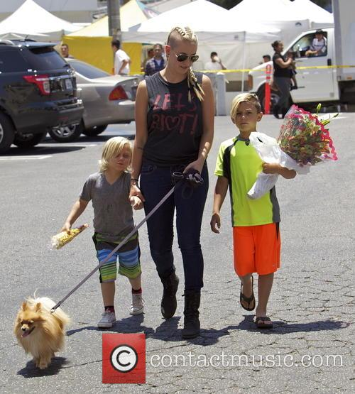Gavin Rossdale, Zuma Rossdale, Kingston Rossdale and Mindy Mann 3
