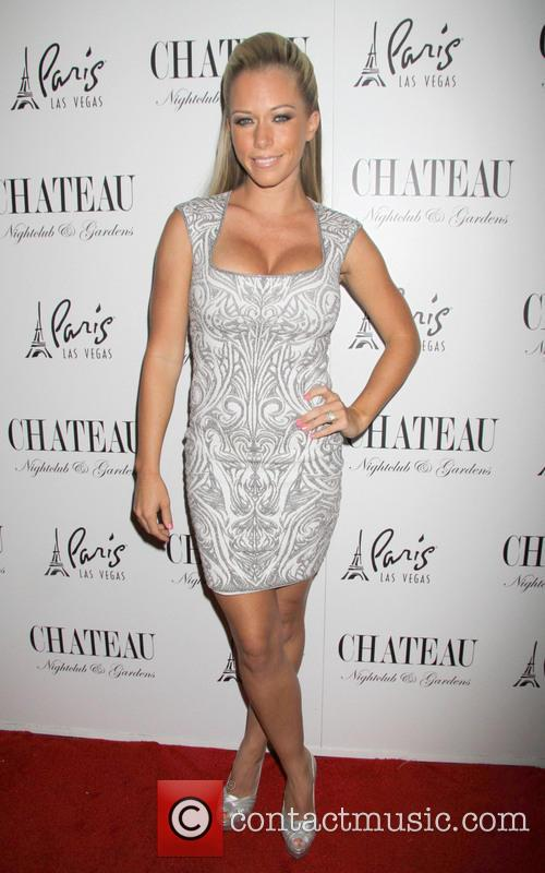 Kendra Wilkinson and Celebration 7