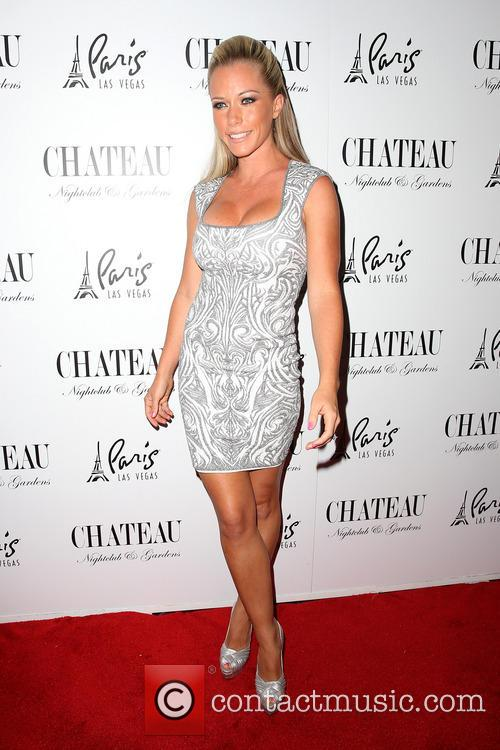 Kendra Wilkinson and Celebration 17