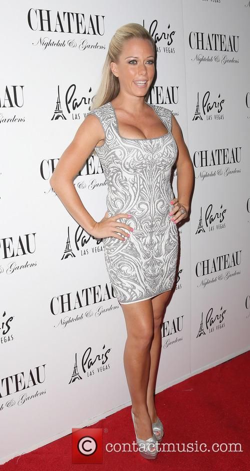 Kendra Wilkinson and Celebration 19