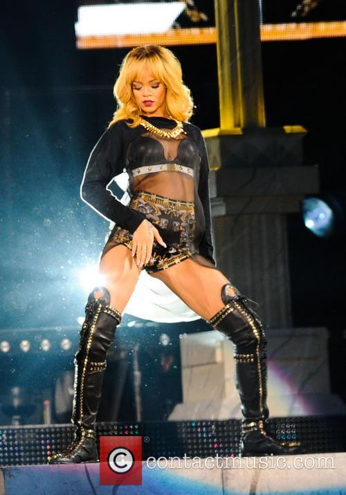 Rihanna performs at Twickenham Stadium