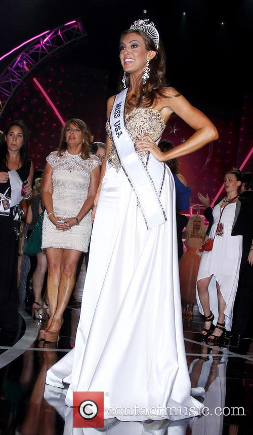 Miss Connecticut, Erin Brady is crowned 2013 Miss...