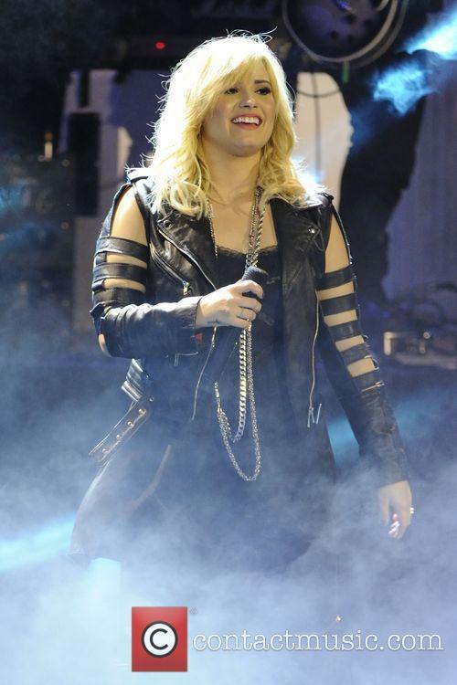 Demi Lovato 15