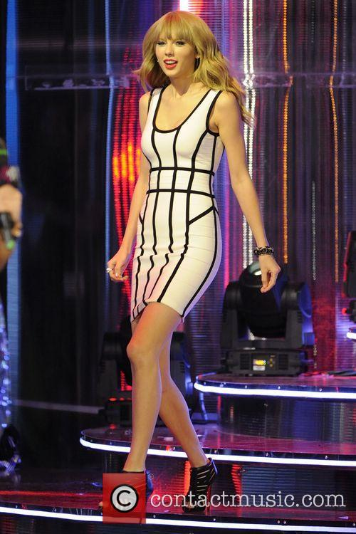 Taylor Swift, Much Music Video Awards 2013