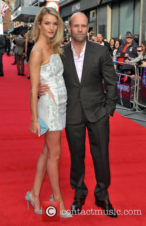 rosie huntington whiteley jason statham london premiere of hummingbird 3723518