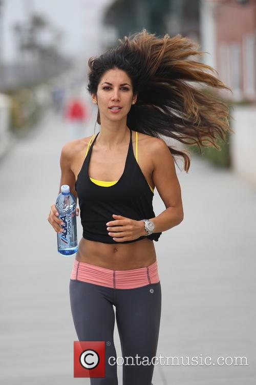 leilani dowding leilani dowding going for a 3723434