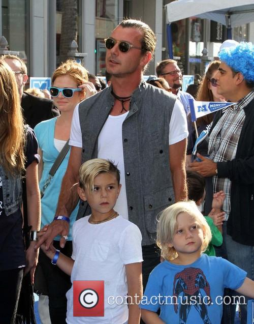 Gavin Rossdale, Kingston Rossdale and Zuma Nesta Rock Rossdale 3