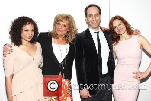 Michelle Beck, Caroline Aaron, Peter Grosz and Carla Gugino 6