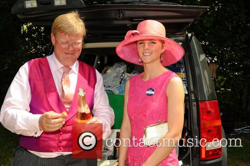 racegoers day two of royal ascot 3725803