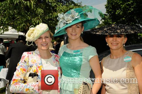 racegoers day two of royal ascot 3725804