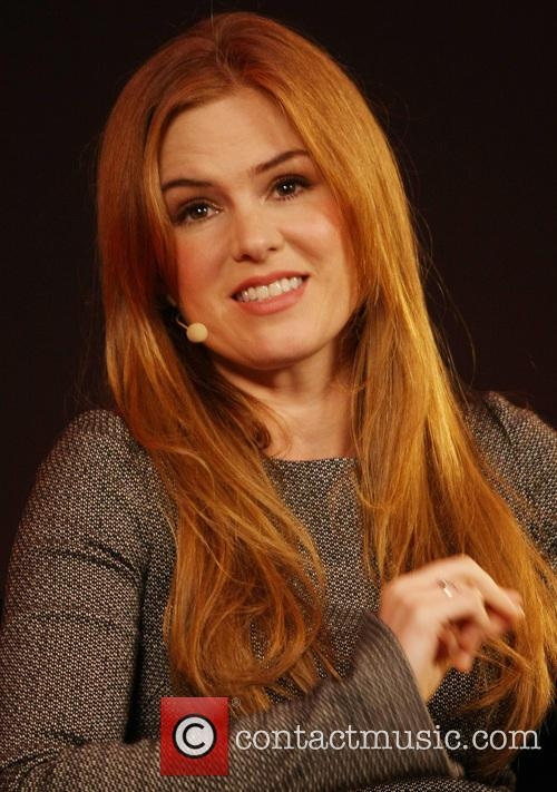 Isla Fisher Apple Store