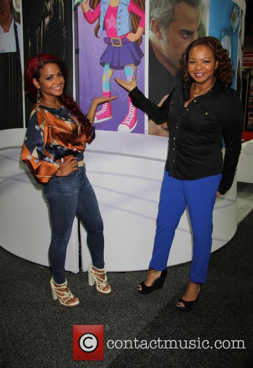 Christina Milian and Carmen  Milian 7