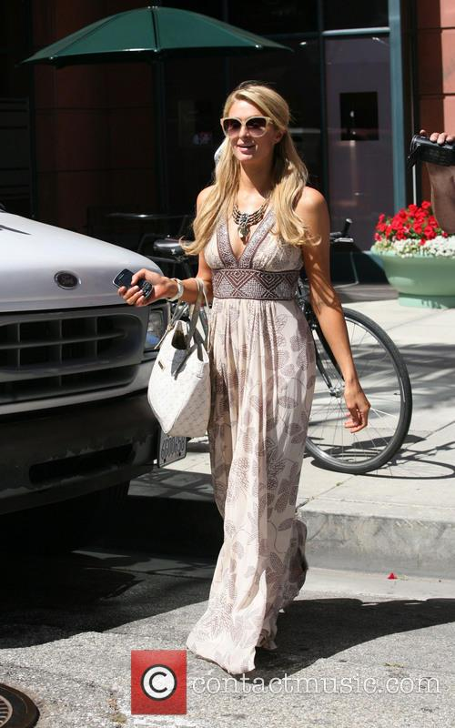 paris hilton paris hilton leaving anastasia salon 3726522