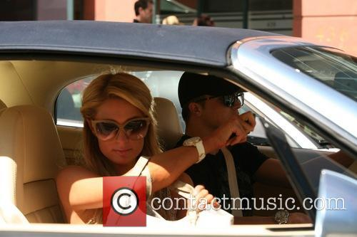 Paris Hilton Leaving Anastasia Salon