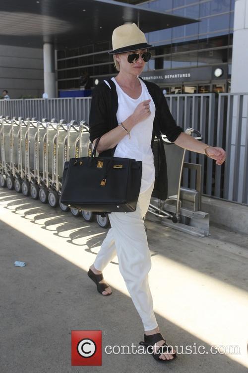 Portia De Rossi 9