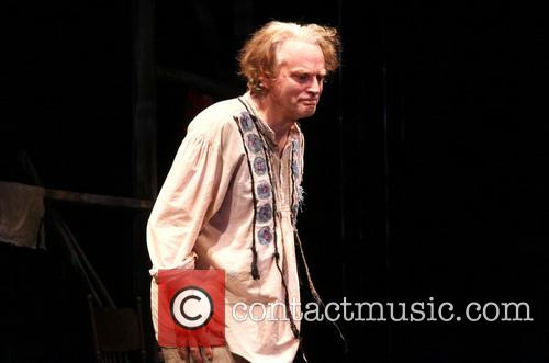 brad dourif opening night curtain call for 3727337