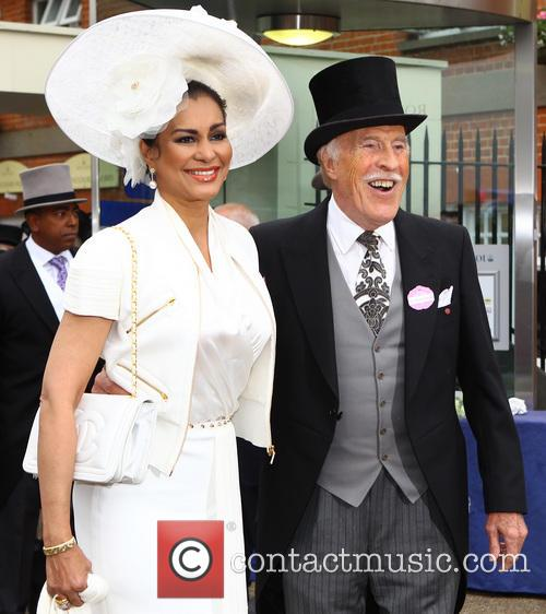 Bruce Forsyth and Wilnelia Marced 6